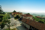 Piemonte/Winery,Barolo apartment  for rent in the heart of Barolo